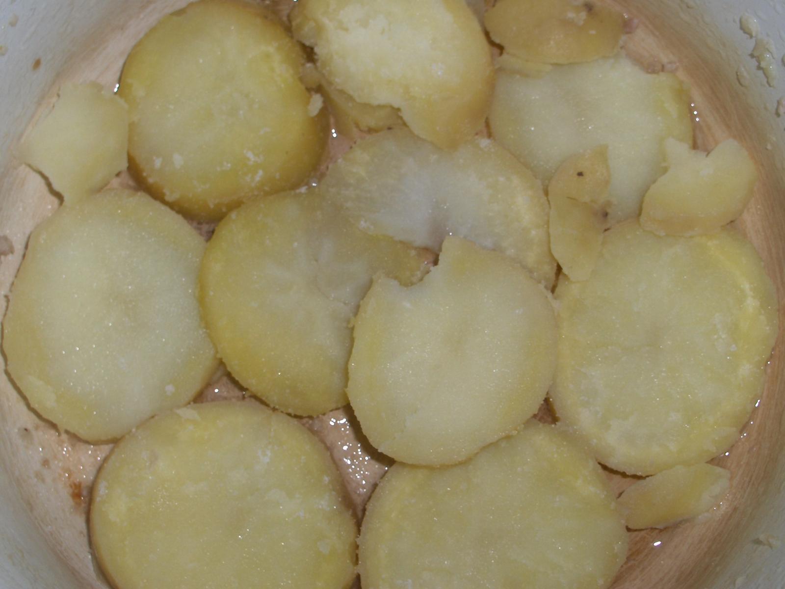 Cartofi taiati felii rotunde