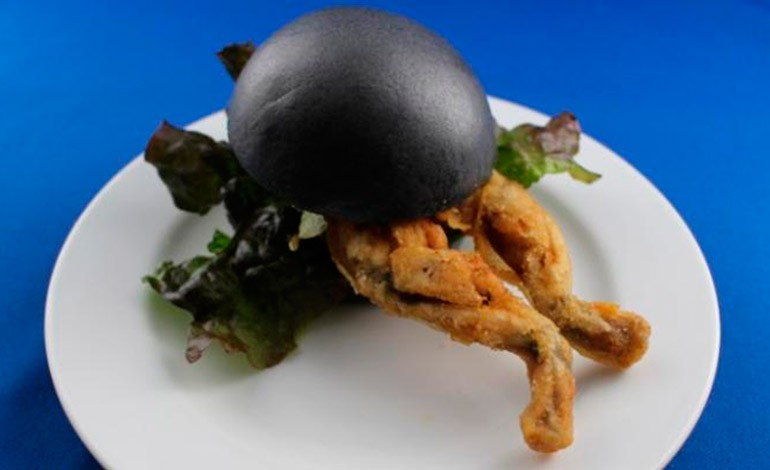 En Japón esta de moda las hamburguesas de rana. RanaHamburguesa
